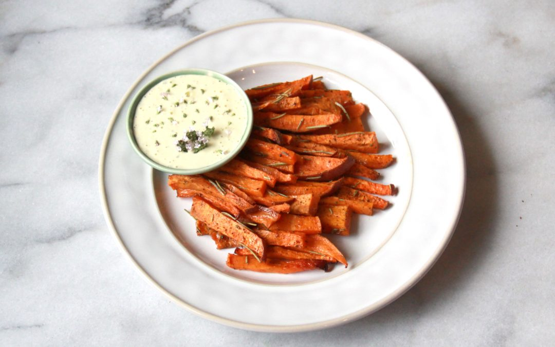 Baked Rosemary Sweet-Potato No-Fries with Fresh Thyme Aioli Dipping Sauce